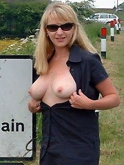Awesome homemade pics of lusty milfs..