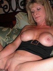 Meet this lusty mom at the summer..