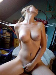 Cute shaved gf shows her hot naked body