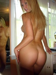 Good looking blonde wife shows her hot..