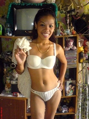 Thai girlfriend shows her small firm..