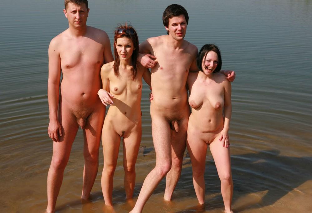 фото голых дев хот пати