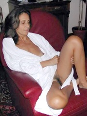 Tanned Portuguese wife shows her..