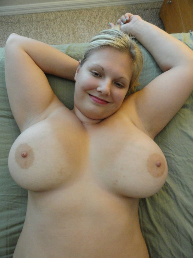 Thick Natural Tits Amateur
